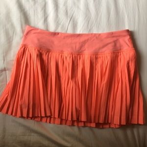 lululemon pleated tennis skirt (size 6)